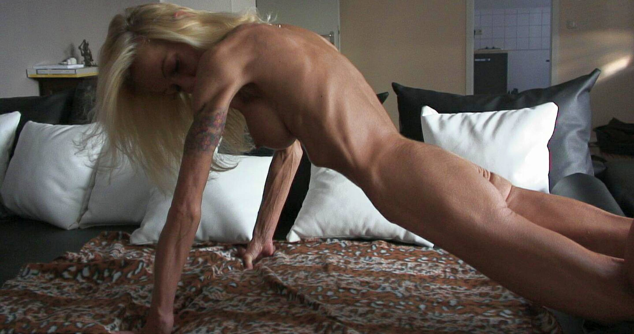 naked anorexic old lady