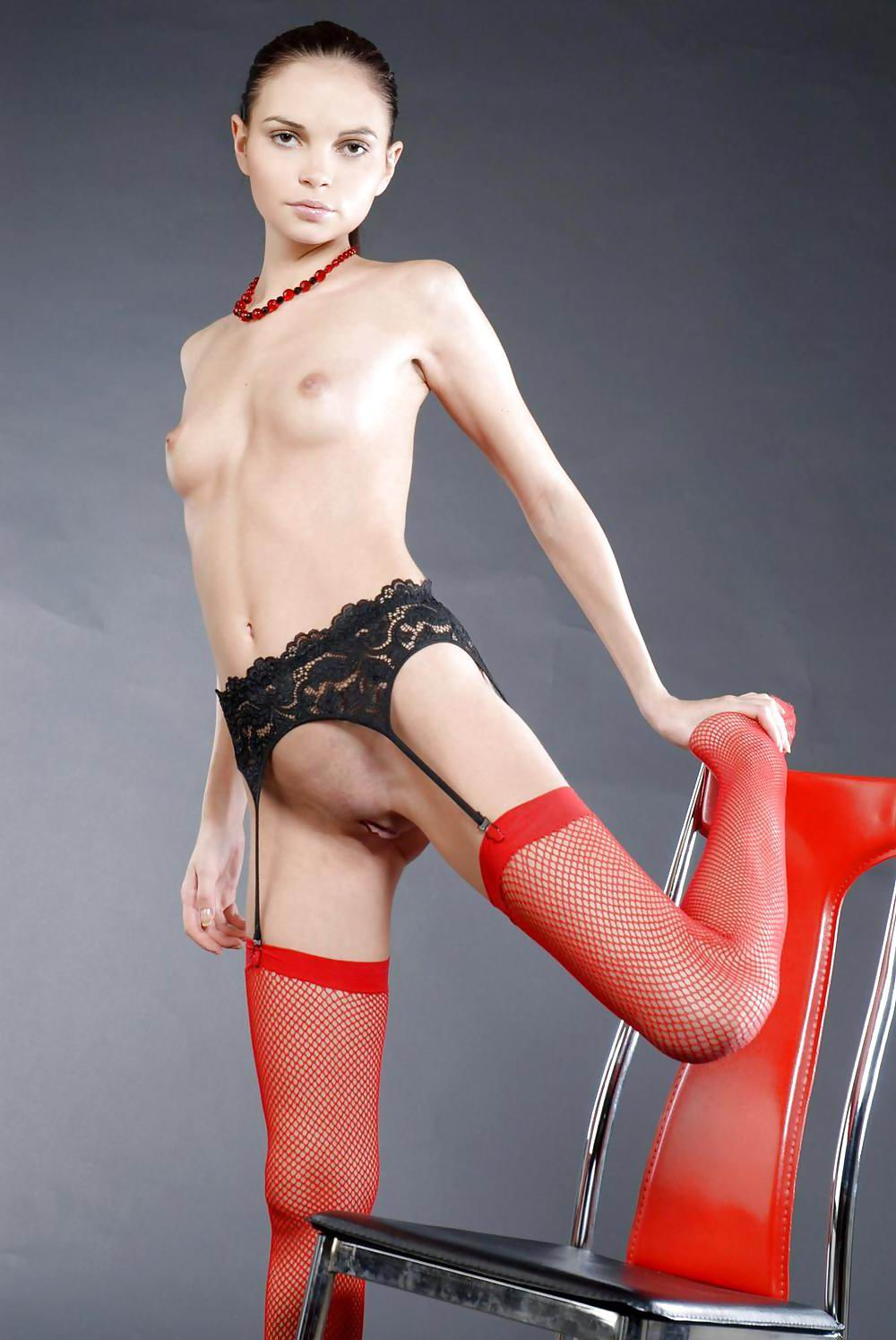 nude blonde porn pics