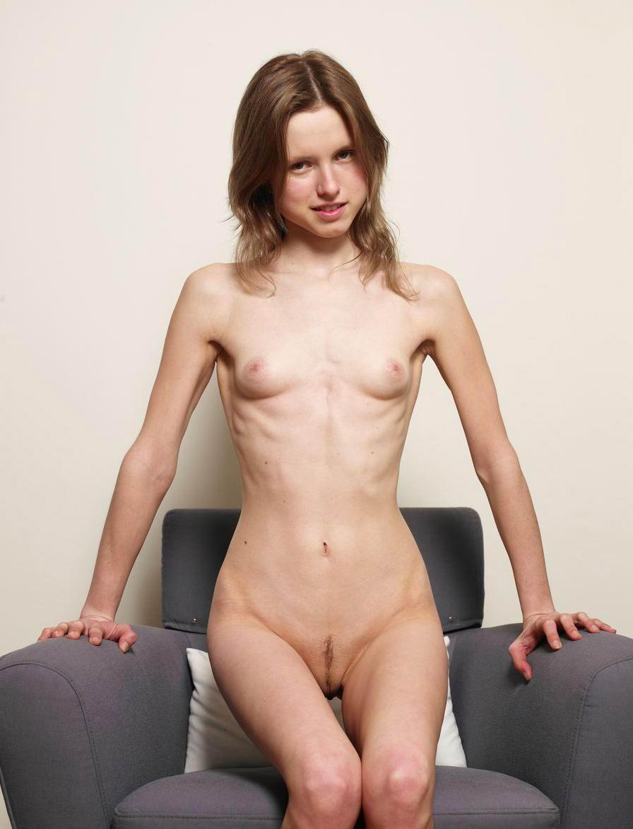 Free foto erotik skiny nackt picture