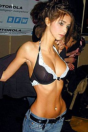 anorexicdollsinaction04.jpg