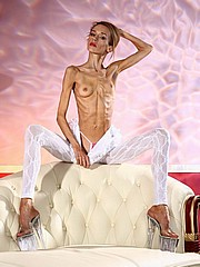 beautiful-anorexic-inna14.jpg