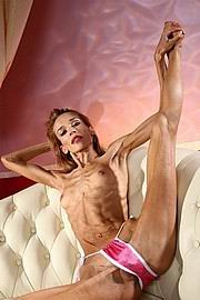 inna-skinny-and-flexible10.jpg