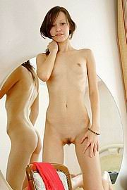 extremely-anorexic-nude-girls12.jpg